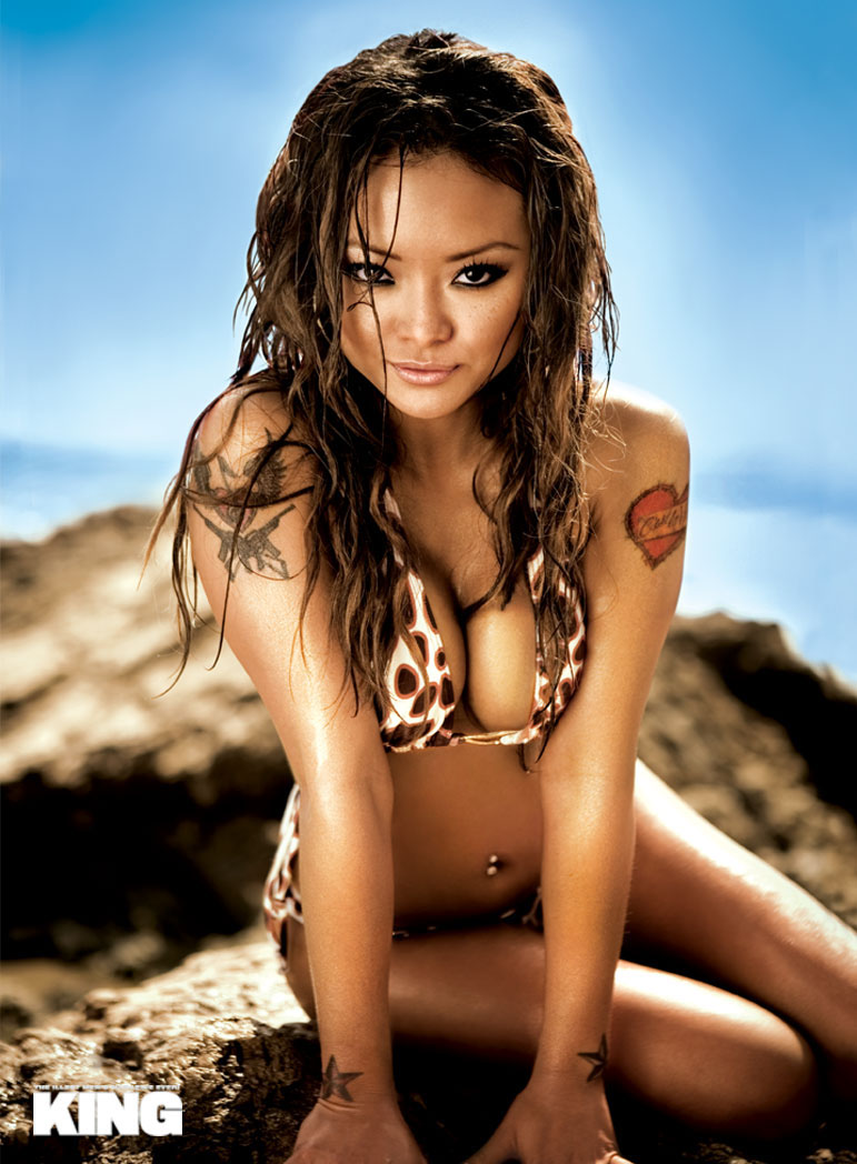 tila_tequila_king_magazine_june_2008_31